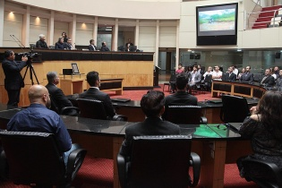 Alesc homenageia 35 anos da fundação da Federação Catarinense de Motociclismo